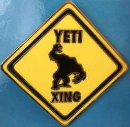 Yeti Xing Street Sign