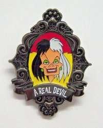 Disney Parks - Cruella De Vil and the Evil Queen Set - Cruella ONLY