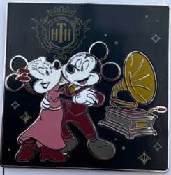 Micky and Minnie Mouse Dancing