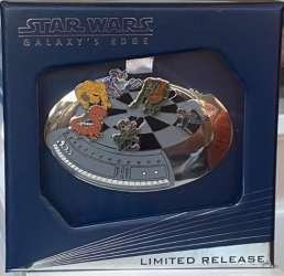 Star Wars: Galaxy's Edge Dejarik Jumbo Pin