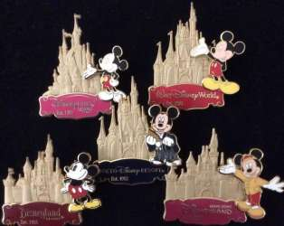 Disney Parks Gold Card Collection