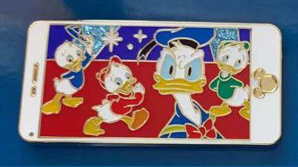 Cell Phone Set - Donald Duck and Nephews